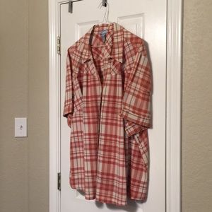 Liz & Me plaid top